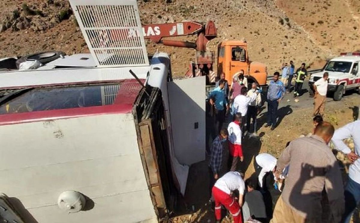 مقصر اصلی حادثه اتوبوس خبرنگاران مشخص شد!+جزئیات بیشتر کلیک کنید