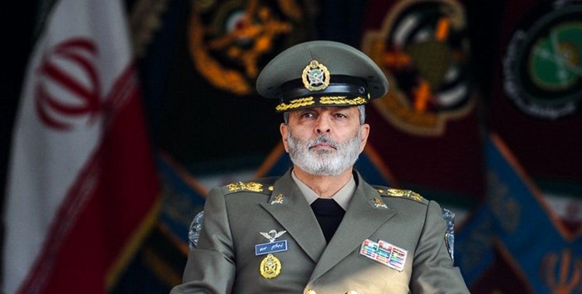 پیام فرمانده ارتش به مردم ایران در حاشیه رژه ۲۹ فروردین