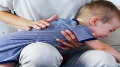 بی تابی پدری که نوزادش داشت خفه می شد اشک همه را در آورد!