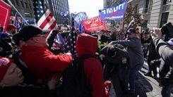 درگیری میان حامیان و مخالفان دونالد ترامپ