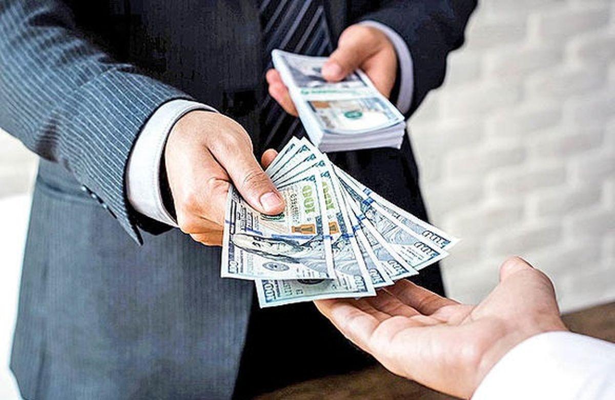 پیش بینی جدید قیمت دلار/ قیمت دلار از چه چیزی تاثیر می گیرد؟